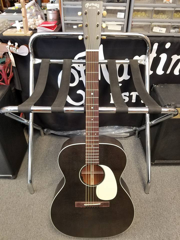 00017L Custom features solid sitka spruce and mahogany with factory installed Fishman Matrix Infinity. $2,049.00