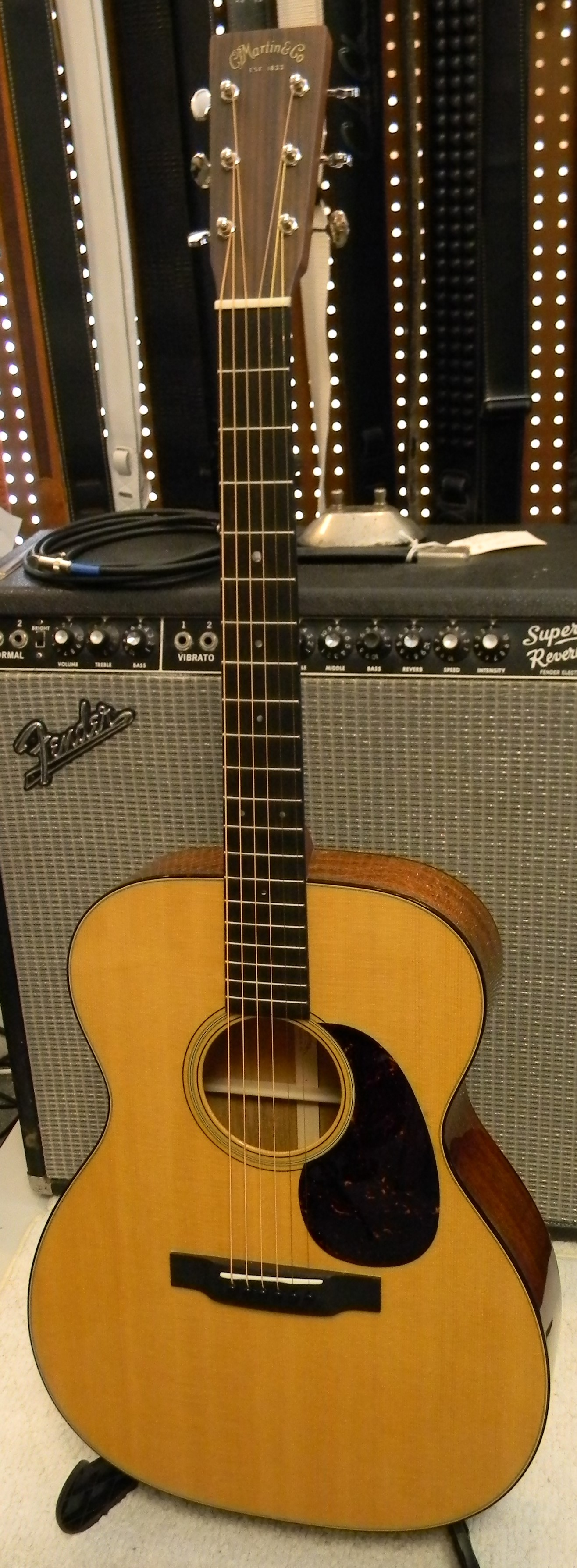 dscn0323 san antonio guitar store guitar tex. Black Bedroom Furniture Sets. Home Design Ideas