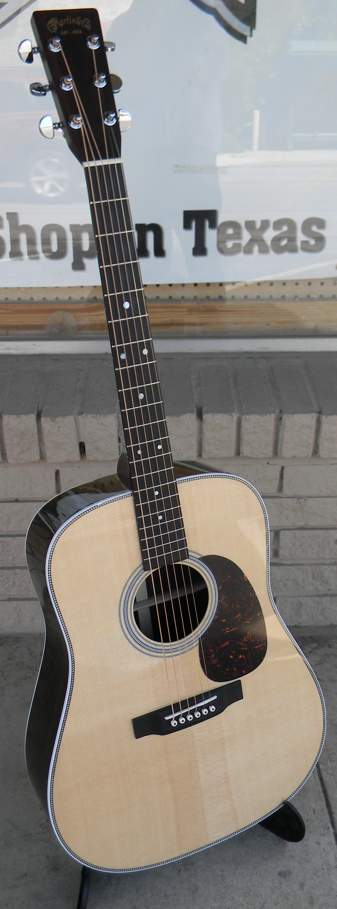 HD 28 The benchmark for what a scallop braced rosewood dreadnought should be. $3,059.00