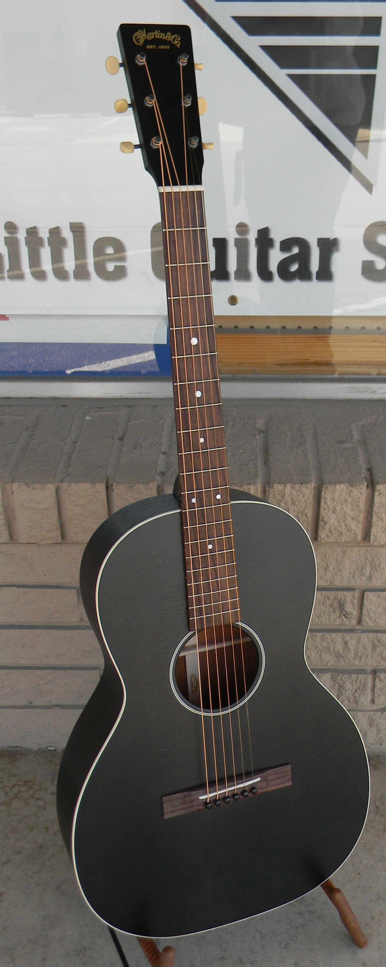 00-17S Black Smoke. Solid Sitka spruce and mahogany 12 fret. $1,859.00