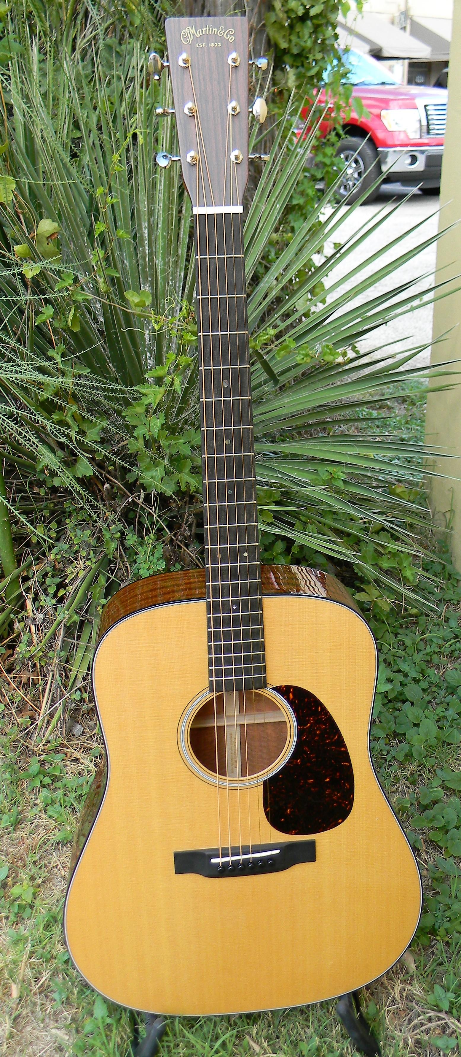 dscn1977 san antonio guitar store guitar tex. Black Bedroom Furniture Sets. Home Design Ideas