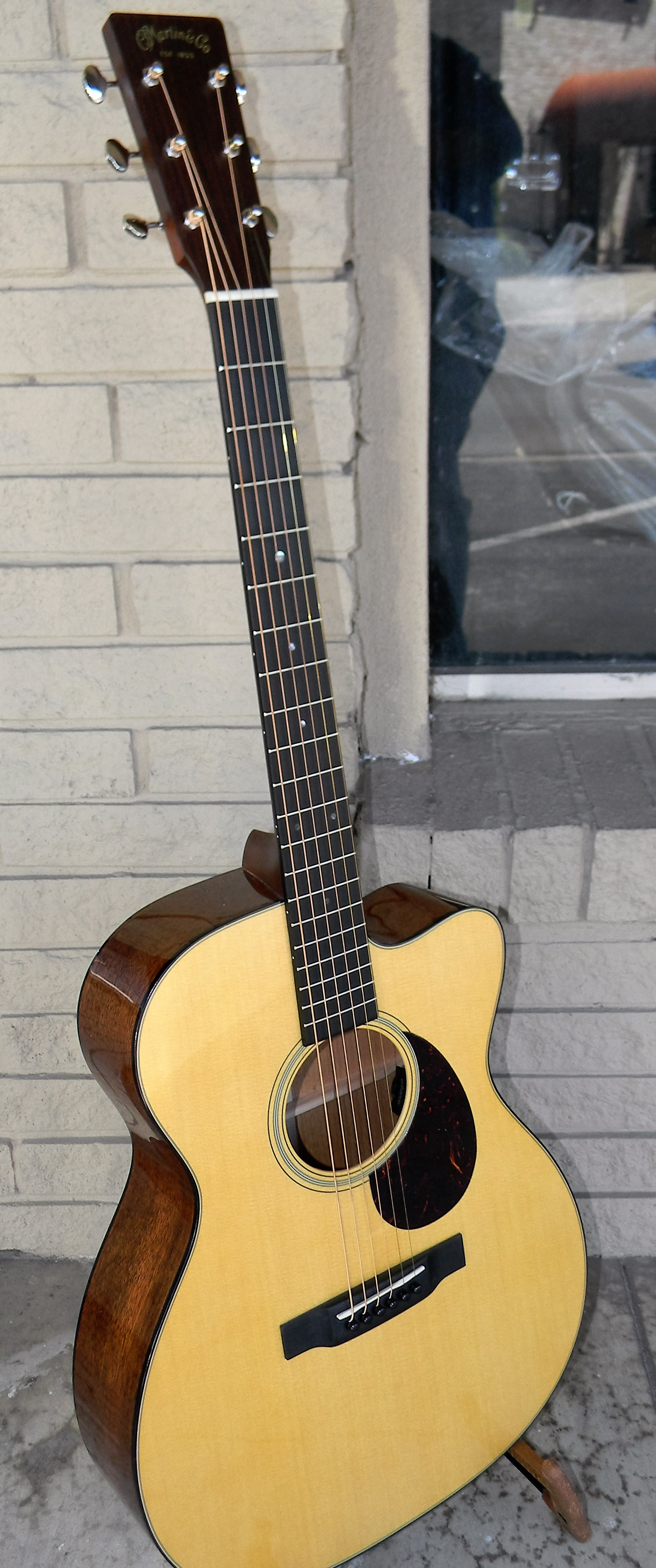 dscn4080 san antonio guitar store guitar tex. Black Bedroom Furniture Sets. Home Design Ideas