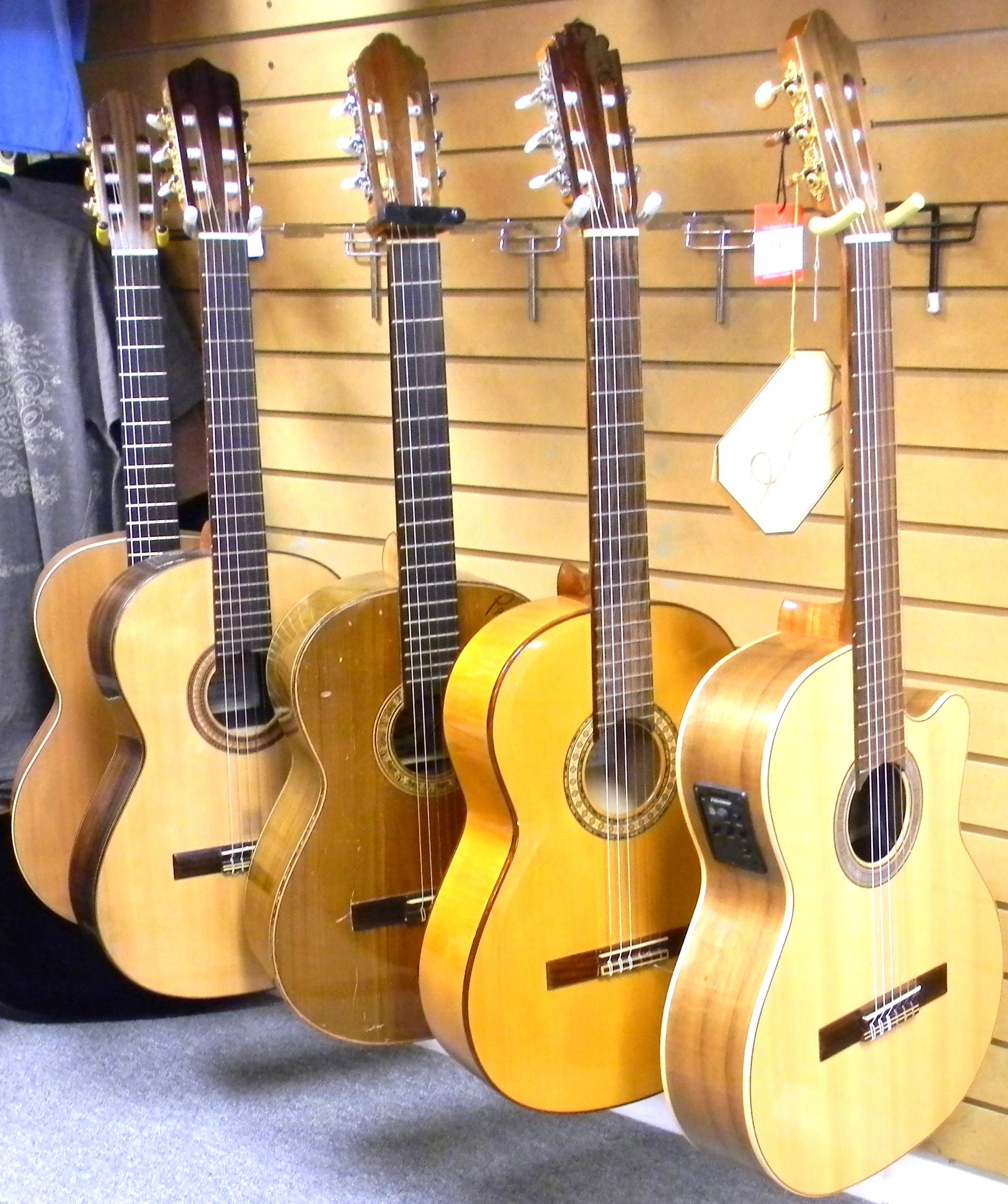 kremona feb 2013 041 san antonio guitar store guitar tex. Black Bedroom Furniture Sets. Home Design Ideas