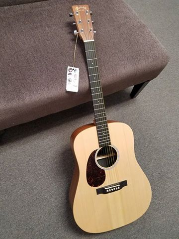 LEFTY! Martin DX1KAE. Solid spruce with koa HPL and Fishman pickup. The only lefty in the store.