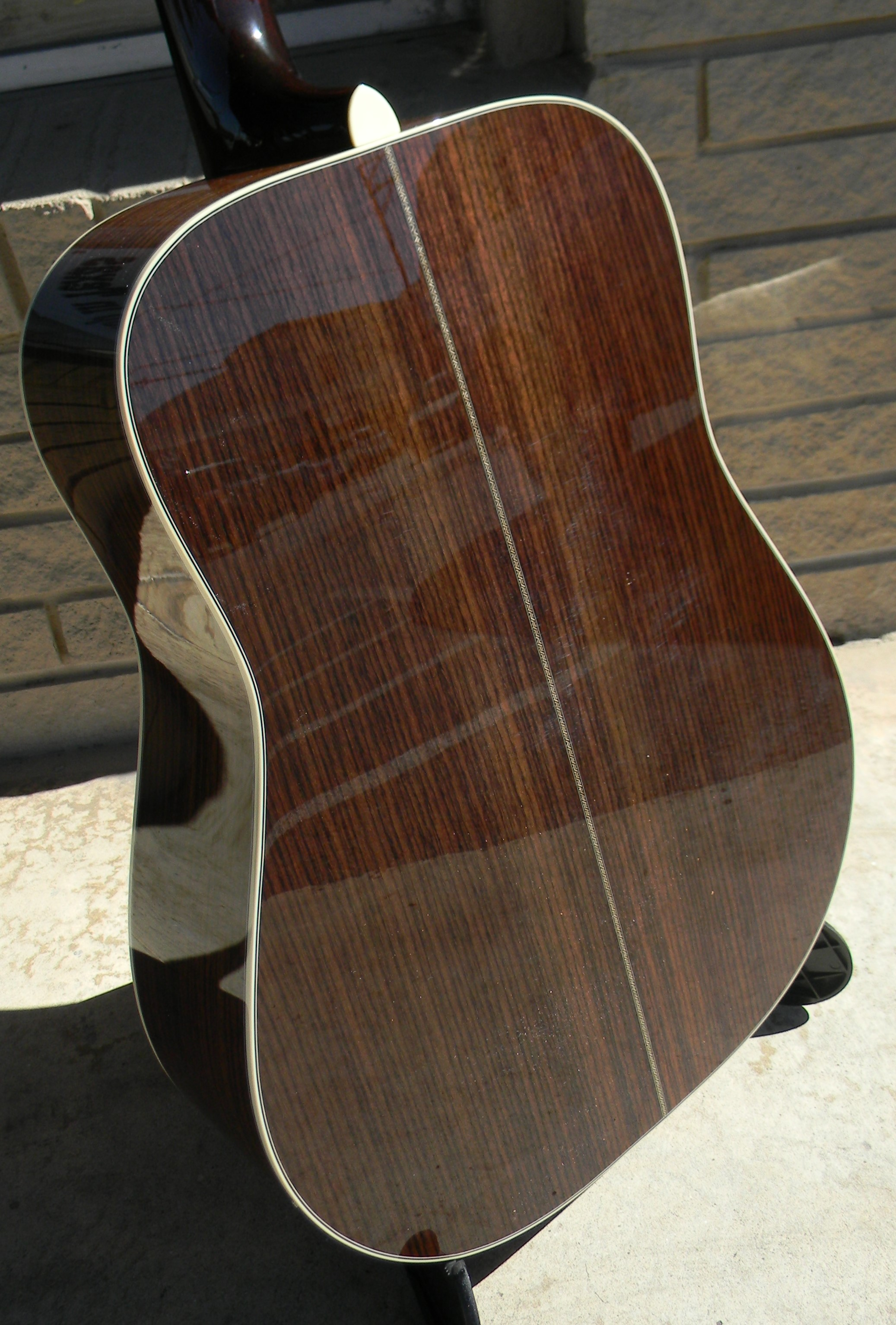 Huss & Dalton TDR with torrefied Adirondack spruce top is a superlative dreadnought. Loud, rich, and complex.