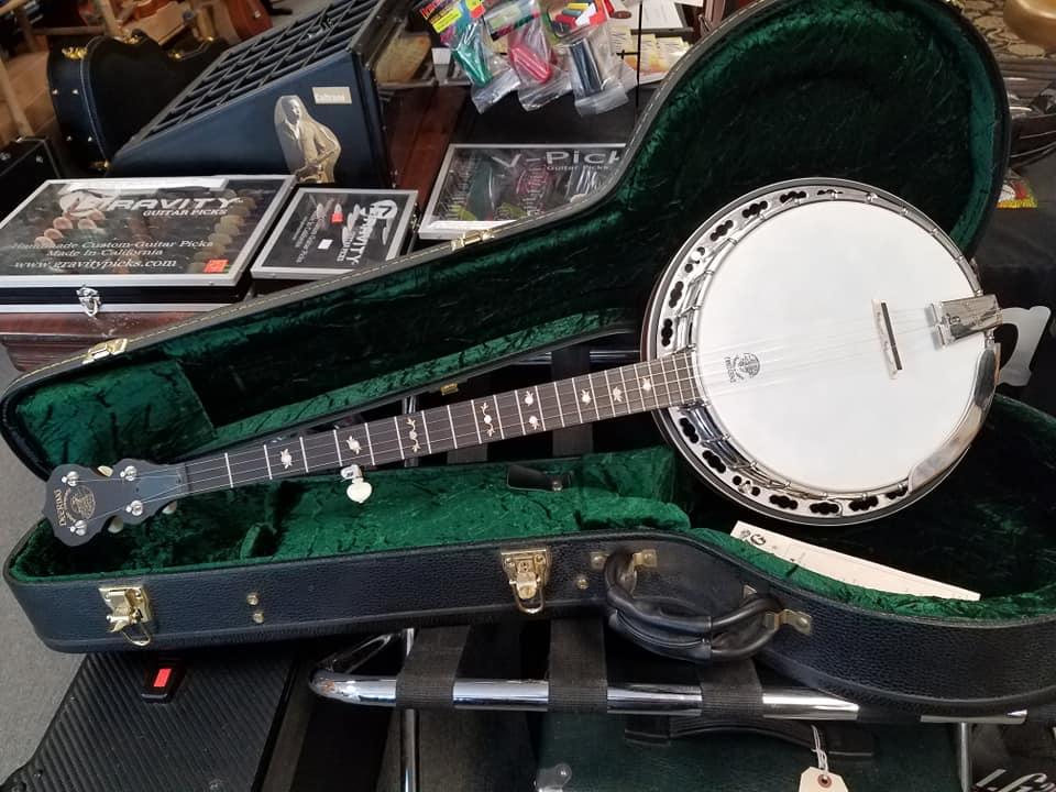 banjos san antonio guitar store guitar tex. Black Bedroom Furniture Sets. Home Design Ideas